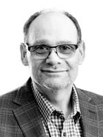Headshot of Chris Hobbs, Director for Medipharm Labs