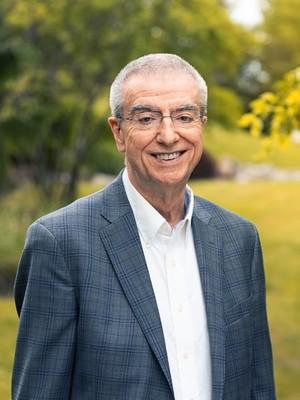 Dr. Garry Neil, MD