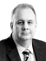 Headshot of Dr. Chris Talpas, Vice President, Quality and Scientific Affairs for Medipharm Labs