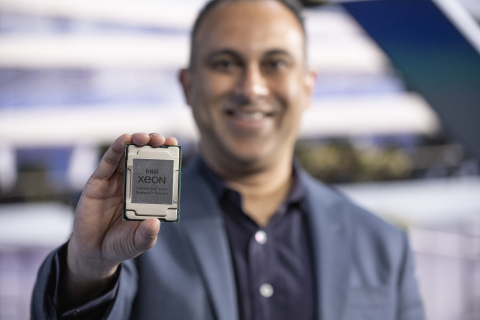 Navin Shenoy, executive vice president in Intel's Data Platforms Group, presents during the introduction of 3rd Gen Intel Xeon Scalable processors. Intel introduced the new processors and the platform they power during a virtual presentation on April 6, 2021. (Credit: Walden Kirsch/Intel Corporation)