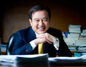 Young-Jin Kim