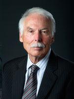 Larry E. Romrell