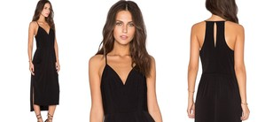 "Image for article ""REVIEWERS SWEAR BY THIS LITTLE BLACK DRESS"""