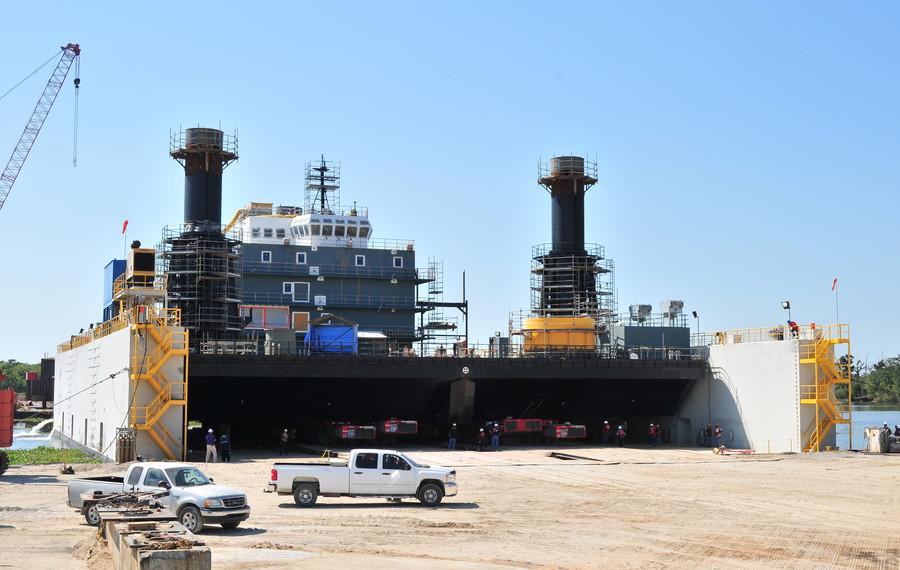 Liftboat loadout