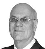 Headshot of Les Brown, PhD