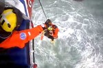 Distress alert helps HM Coastguard coordinate yacht rescue in rough seas