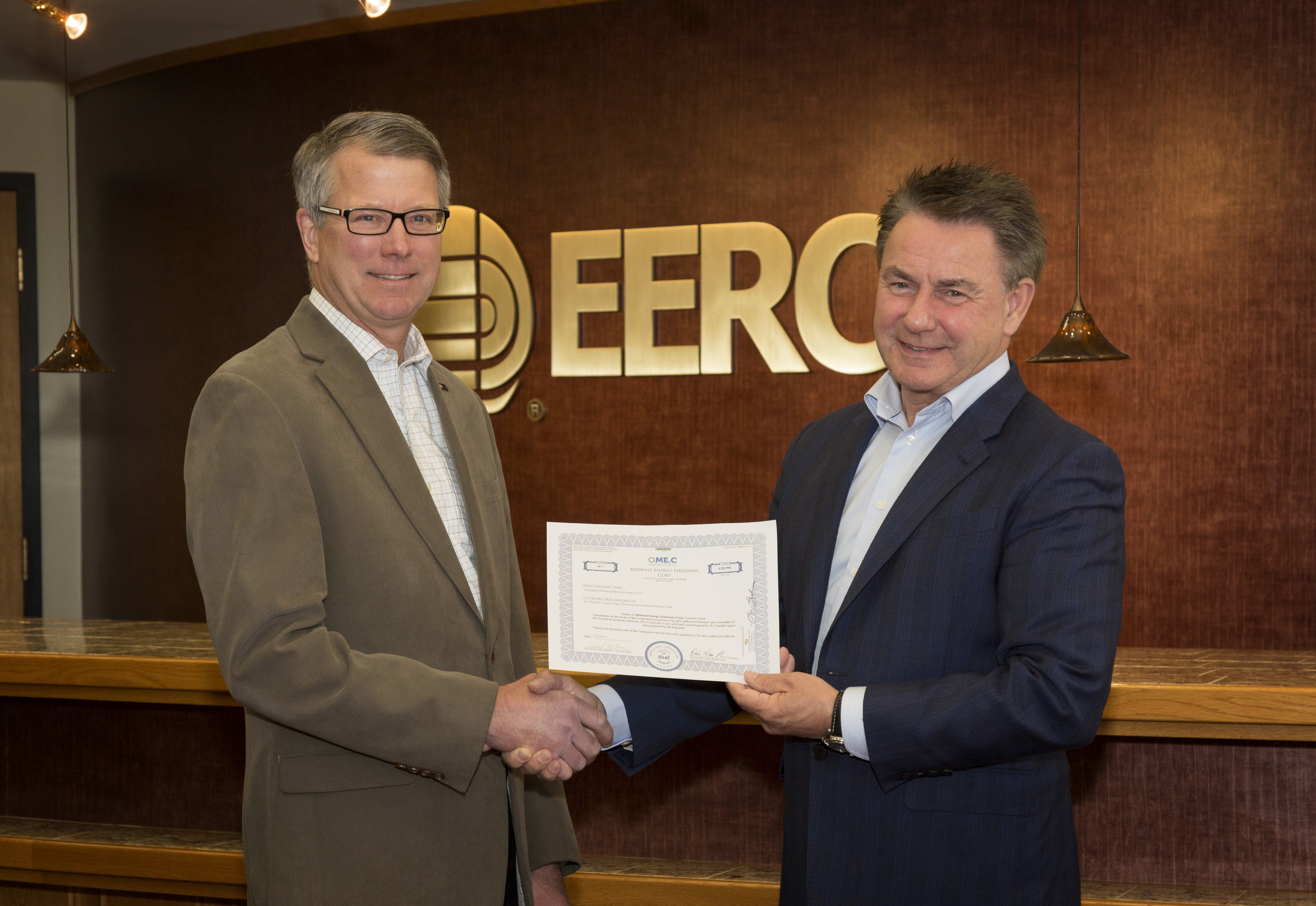 EERCF Board Chair John Snustad with ME2C CEO Richard MacPherson
